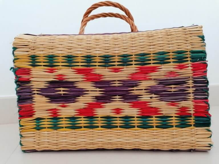 cesta media tradicional roxa