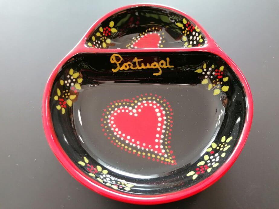 Olive plate - heart pattern