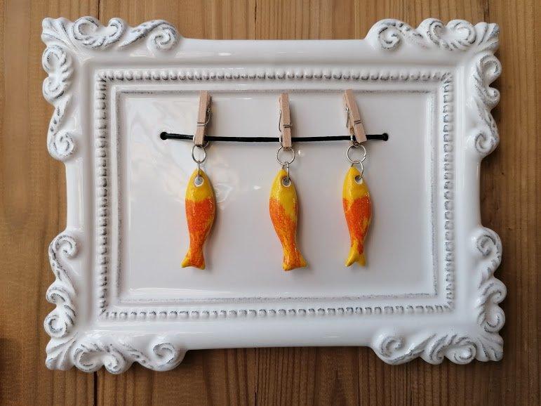 moldura sardinhas amarelo laranja - principal