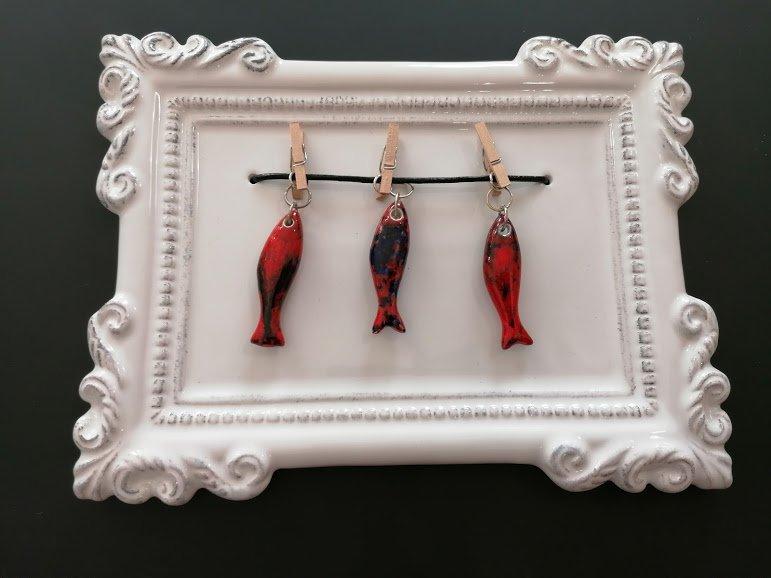 moldura sardinhas vermelhas