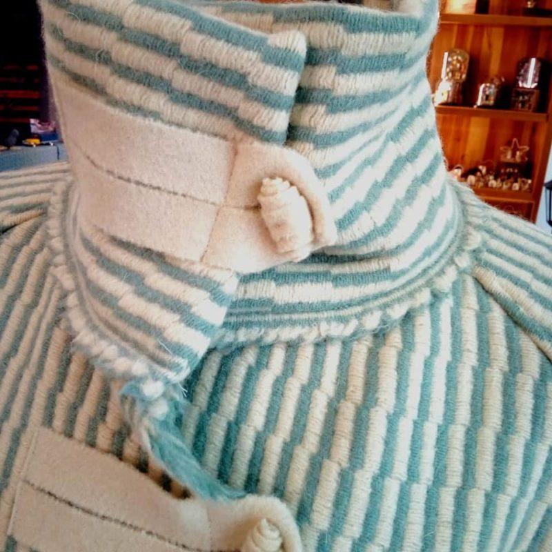 casaco lã - verde água - detalhe